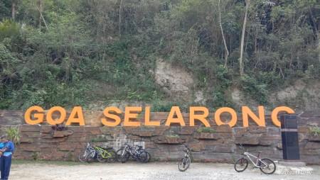 wisata gua selarong